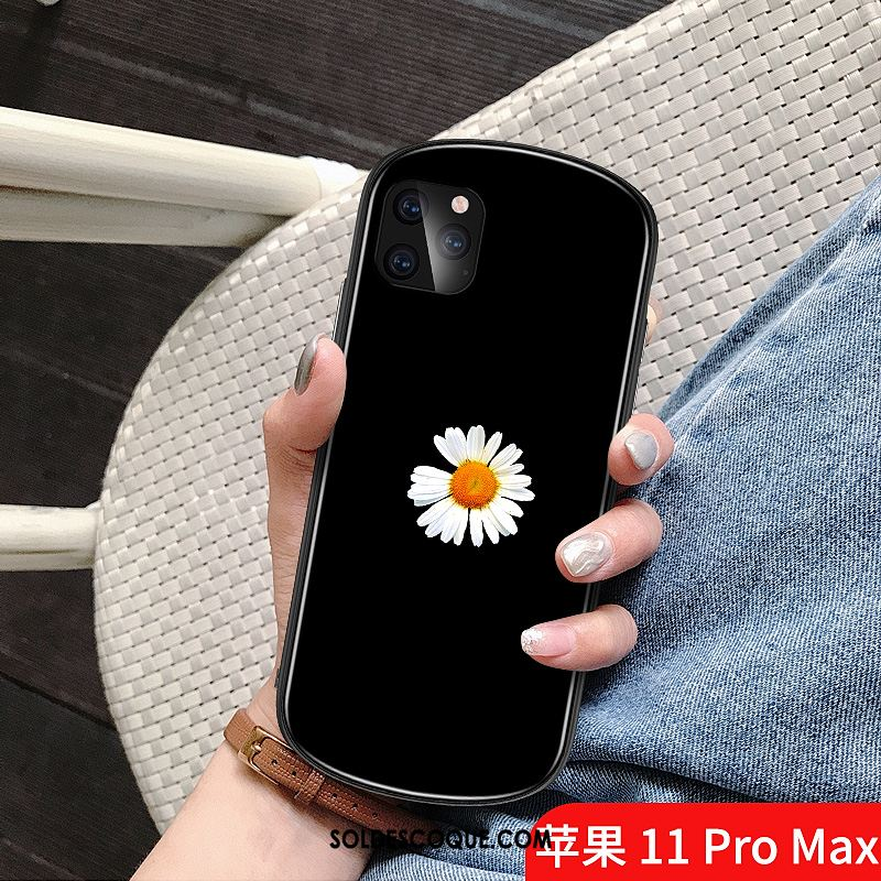 Coque iPhone 11 Pro Max Créatif Rond Petit Petite Marguerite Simple Pas Cher